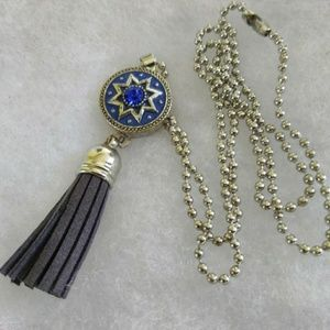 Jewelry - Blue Gingersnap & Tassel Necklace